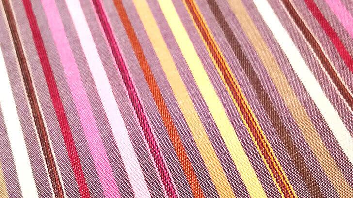 一本の糸から染め上げる伝統ある播州織