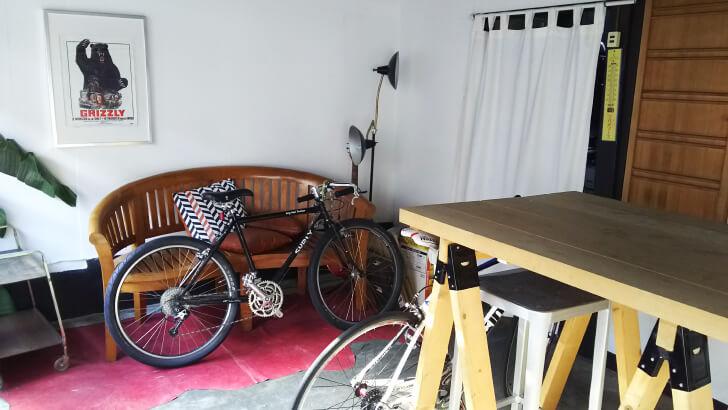 完山さんの事務所になっている京都の町家オフィスの玄関